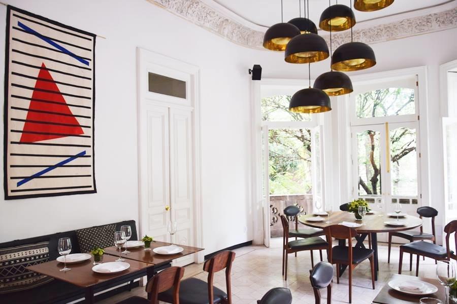 Modern dining at Blanco Colima.