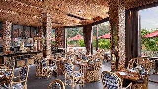 Circular patterns run rampant in the Mala restaurant.