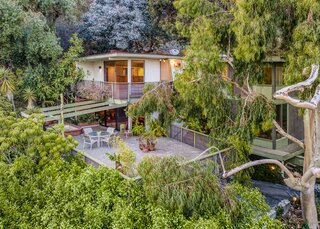 A Magnetic L.A. Midcentury Arrives on the Market for the First Time Ever at $1.95M