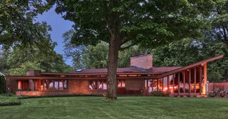 A 1953 Frank Lloyd Wright With Views Over Lake Michigan Asks $1.9 Million