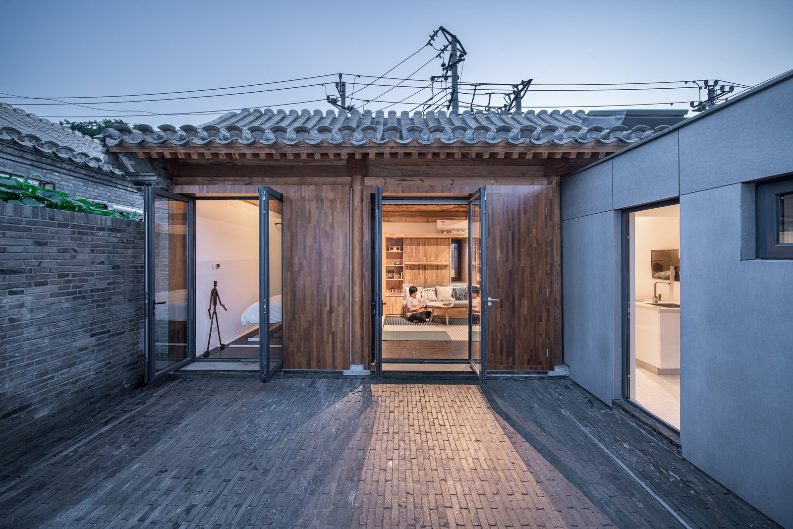 Outdoor, Small Patio, Porch, Deck, Pavers Patio, Porch, Deck, and Back Yard  Photo 8 of 12 in A Smart TV Controls the Layout of This Futuristic Beijing Home