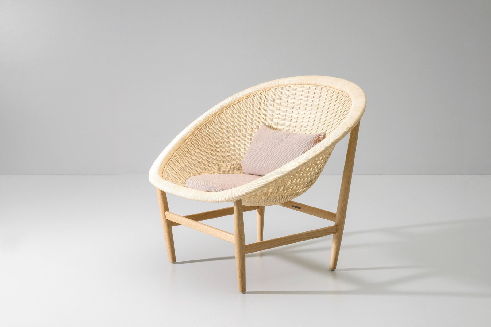 chair mid pamono century french at for basket sale rattan
