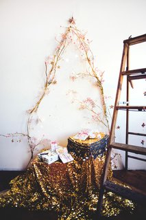 10 Festive Alternatives to the Traditional Christmas Tree - Photo 2 of 10 -