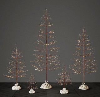 10 Festive Alternatives to the Traditional Christmas Tree - Photo 7 of 10 -