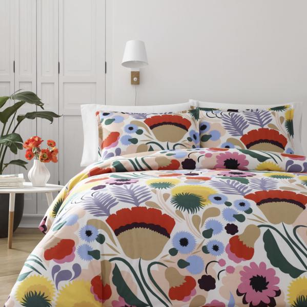 Marimekko Ojakellukka Comforter Set