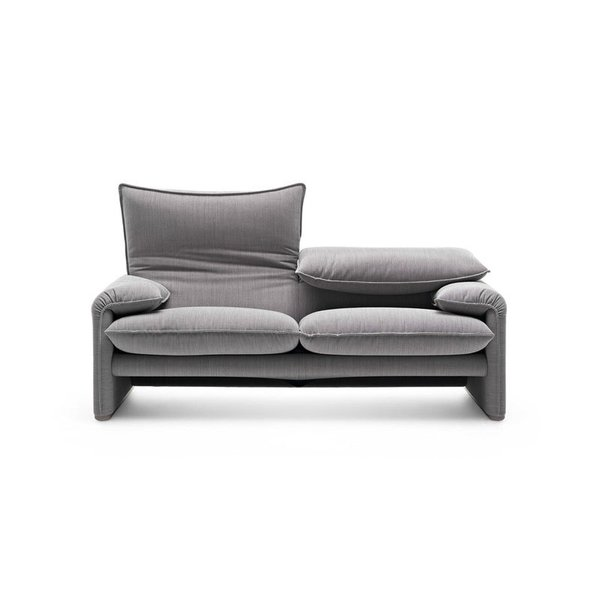 Cassina 675 Maralunga 40 Sofa