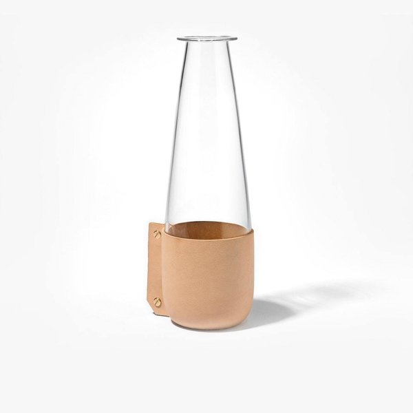 Simon Hasan Wrap Carafe – Natural