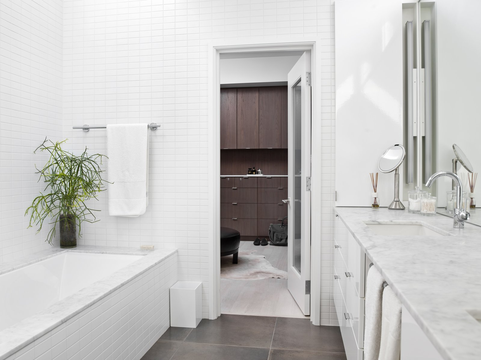 Bath, Porcelain Tile, Undermount, Alcove, Wall, Undermount, Ceramic Tile, Whirlpool, and Marble  Best Bath Wall Undermount Porcelain Tile Marble Photos from Eastwood Residence