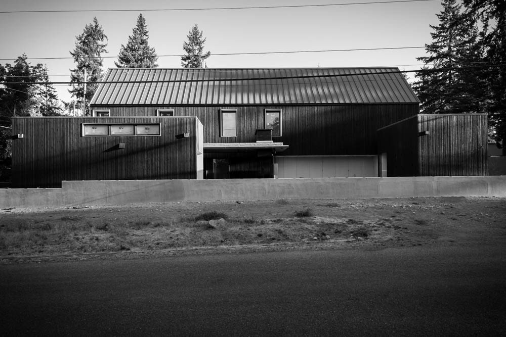 Exterior, Metal Roof Material, House Building Type, and Wood Siding Material  Soft Box by Ed