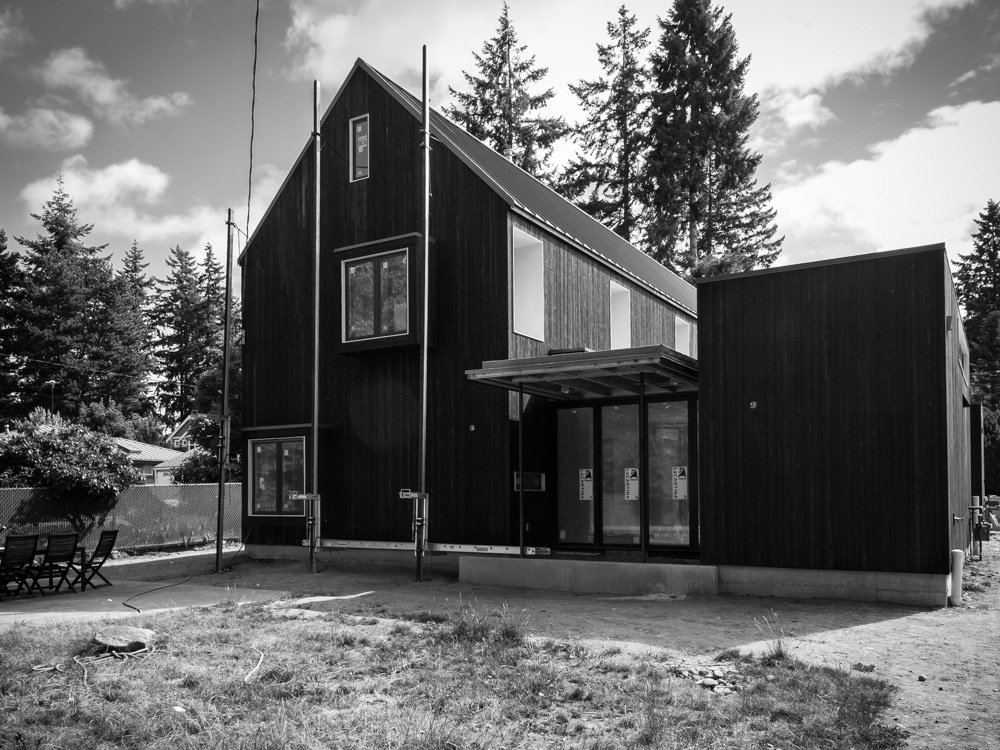 Exterior, House Building Type, Metal Roof Material, and Wood Siding Material  Soft Box by Ed