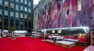 A Bold Airstream Hotel Tops a Melbourne Parking Garage - Photo 2 of 8 -