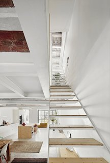Can This Renovated, Loft-Like Home in Spain Be Any Dreamier? - Photo 10 of 10 -