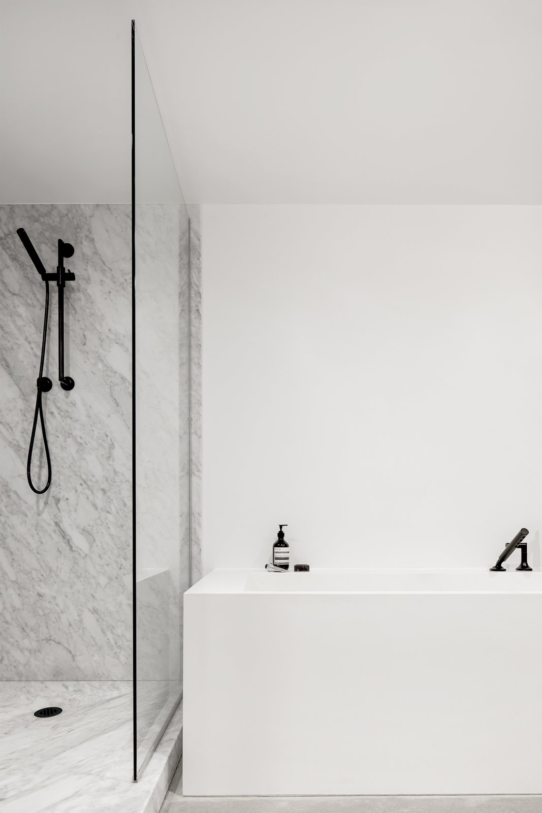 Bath, Marble, Concrete, Marble, Freestanding, Open, Recessed, Marble, and Stone Slab  Best Bath Freestanding Stone Slab Photos from Saint-Laurent Apartment