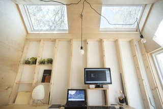 This Architect's Tiny Studio Is the Ultimate Backyard Workspace - Photo 6 of 9 -