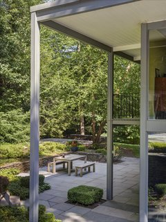 A Showstopping Midcentury in New Canaan Hits the Market - Photo 6 of 12 -