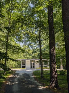 A Showstopping Midcentury in New Canaan Hits the Market - Photo 12 of 12 -