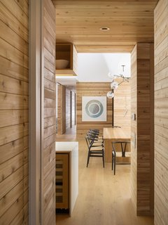 A LEED Gold Weekend Home Embraces the Ontario Landscape - Photo 5 of 16 -