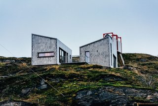 Grab Your Friends and Escape to a Remote Cabin Cluster on a Norwegian Island - Photo 5 of 11 -