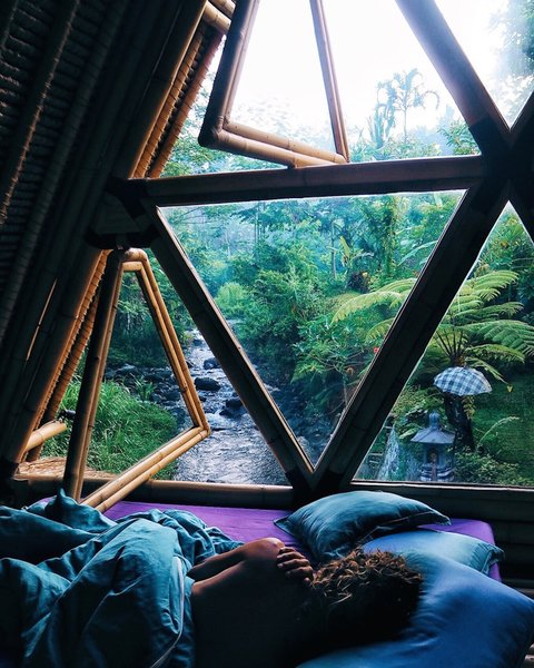 This Serene Bamboo Bungalow Rental Is a Slice of Paradise in Bali - Photo 4 of 14 -