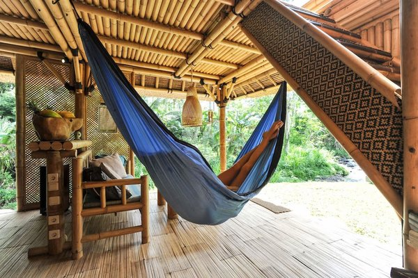 This Serene Bamboo Bungalow Rental Is a Slice of Paradise in Bali - Photo 12 of 14 -