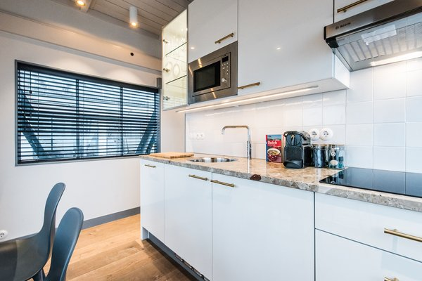 Guests have access to a fully equipped kitchen.