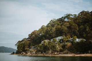 The shack is only accessible via two ways: taking a boat across Pittwater Bay or hiking through the Ku-ring-gai Chase National Park.