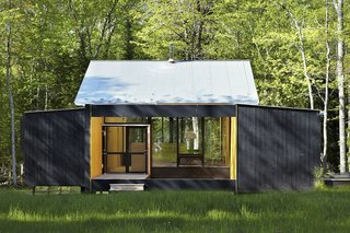 This Prefab Cabin Offers an Affordable Answer to Island Construction