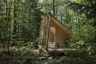 The glass-walled cabins have been built from slow-growing and durable Växjö fir.
