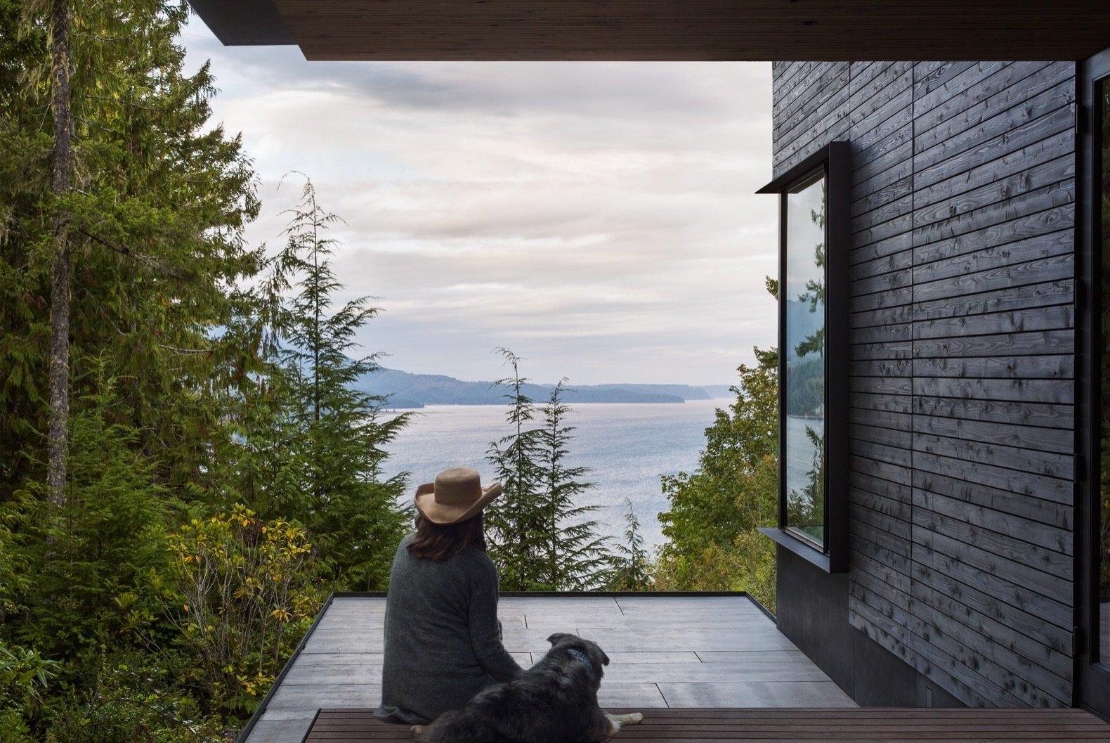 This Little House in Washington Has Mighty Big Ties to Nature