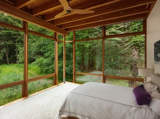 The indoor-outdoor connection can also be enjoyed in the bedrooms.