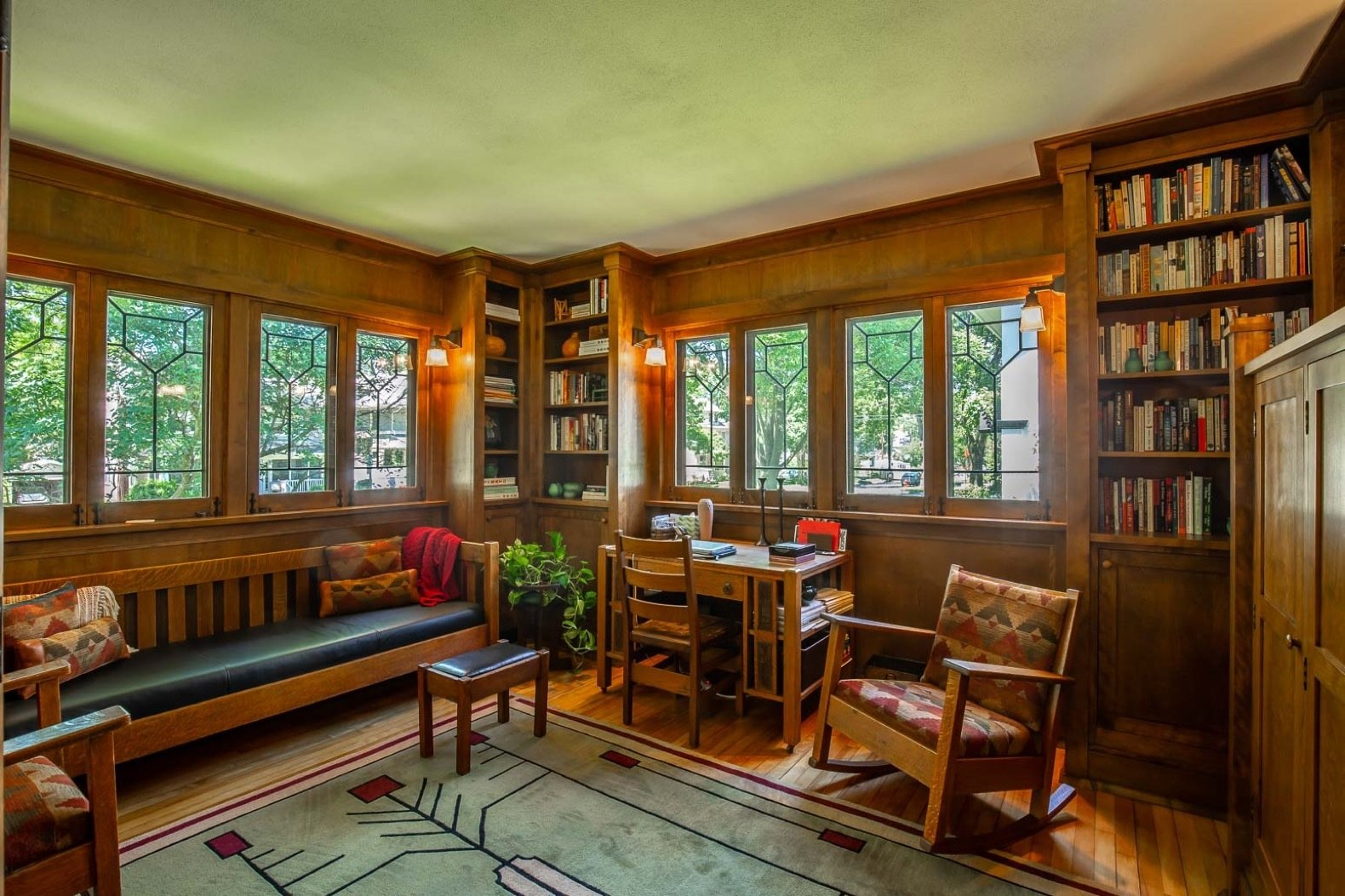 Snatch Up This Rare Frank Lloyd Wright Designed Asb Home