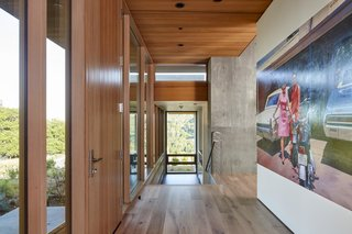 Indoor-outdoor living is embraced in all areas of the Blue Oaks House, thanks to the expansive glazed windows and doors.