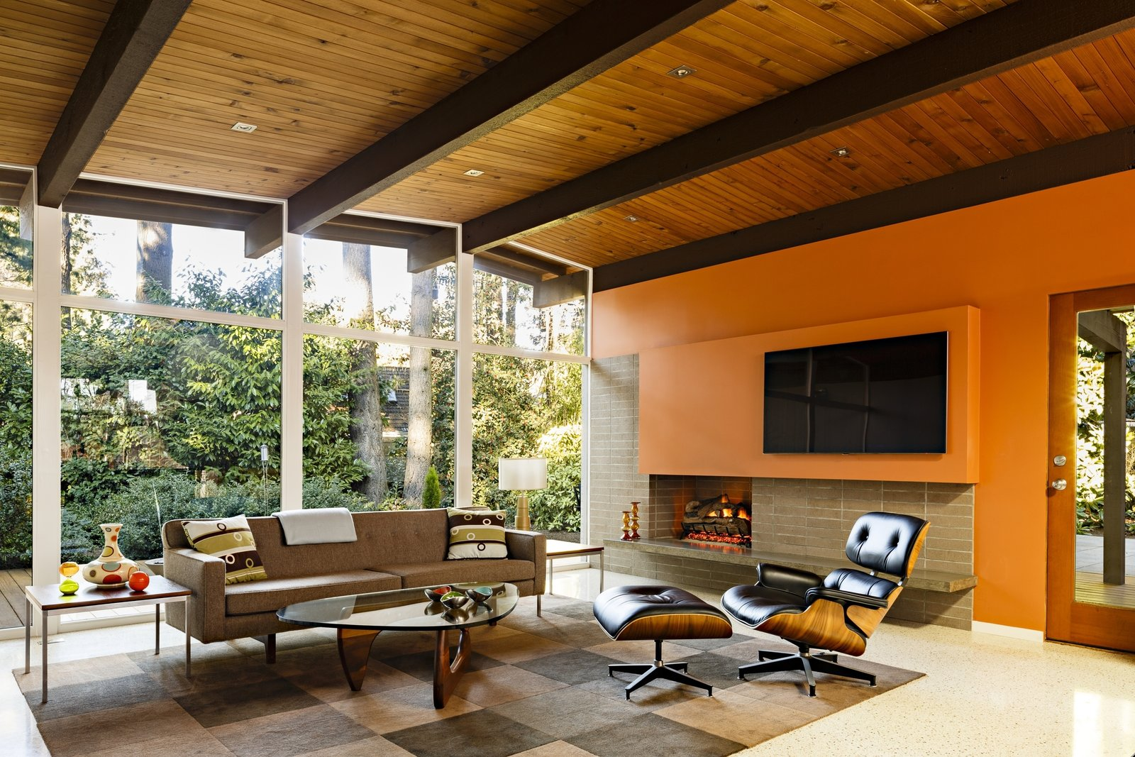 The dark wood floors were replaced by light-colored terrazzo that gives the interiors a brighter feel.
