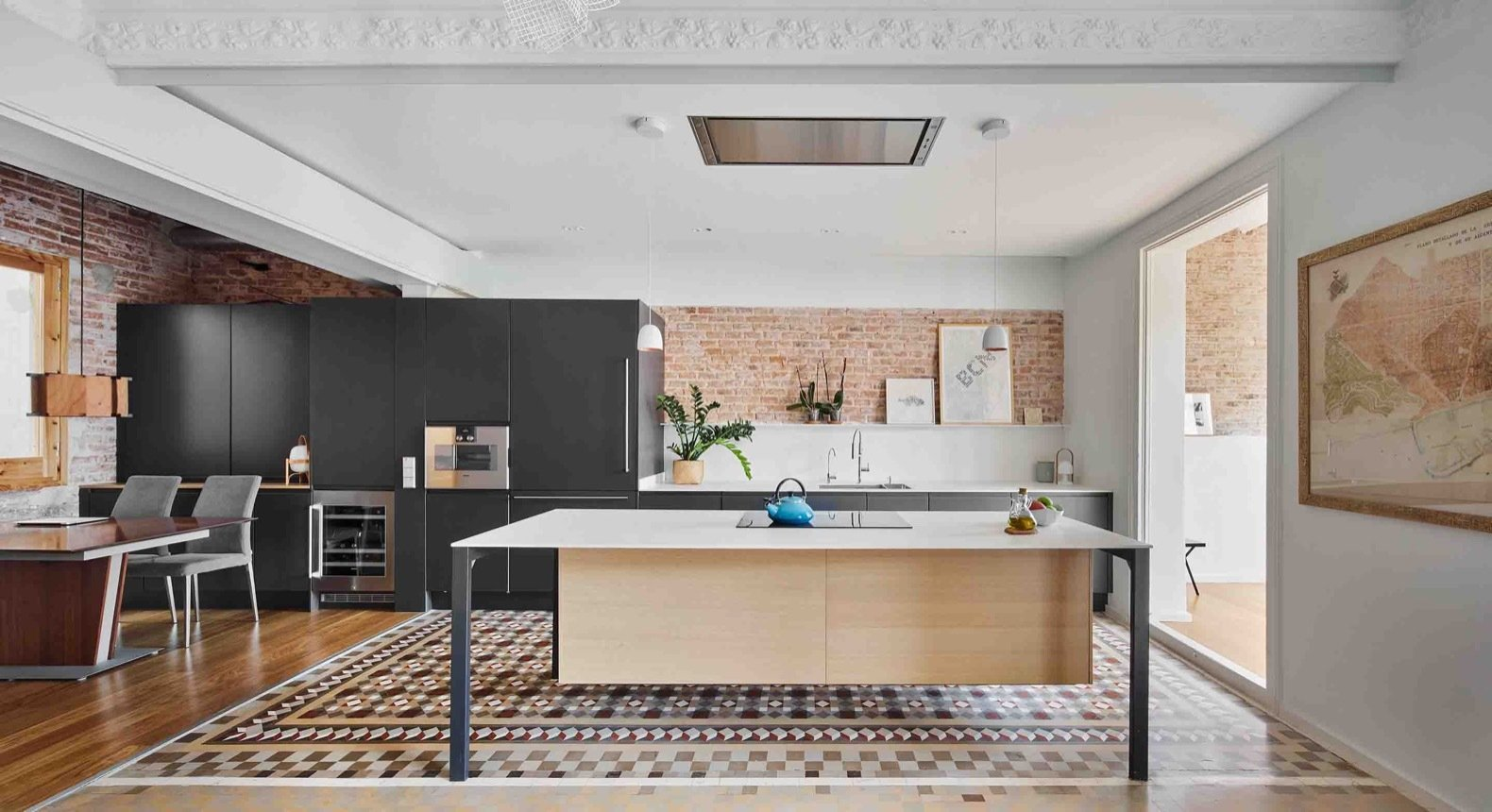 Stunning Tile Stars in This Renovated 19th-Century Pad in Barcelona