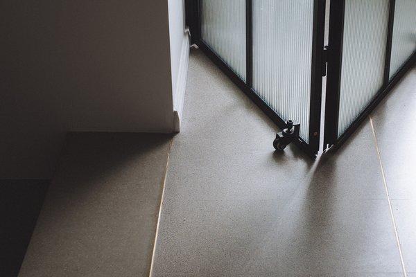 Best 7 Modern Living Room Concrete Floors Terrazzo Floors