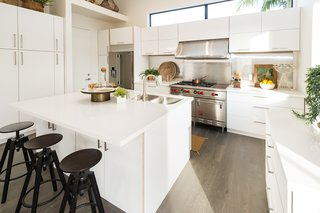 Top 5 Homes of the Week With Captivating Kitchens - Photo 1 of 5 -