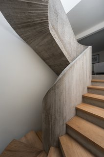 Top 5 Homes of the Week With Sublime Staircases - Photo 4 of 5 -