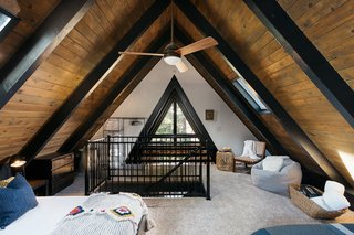Top 5 Homes of the Week With Atmospheric Bedrooms - Photo 4 of 5 -