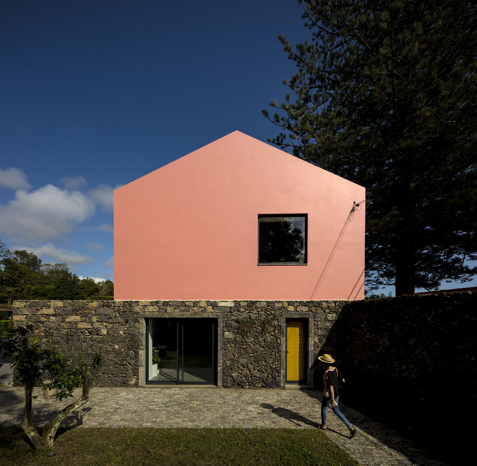 Exterior, House Building Type, Stone Siding Material, and Stucco Siding Material  Pink House