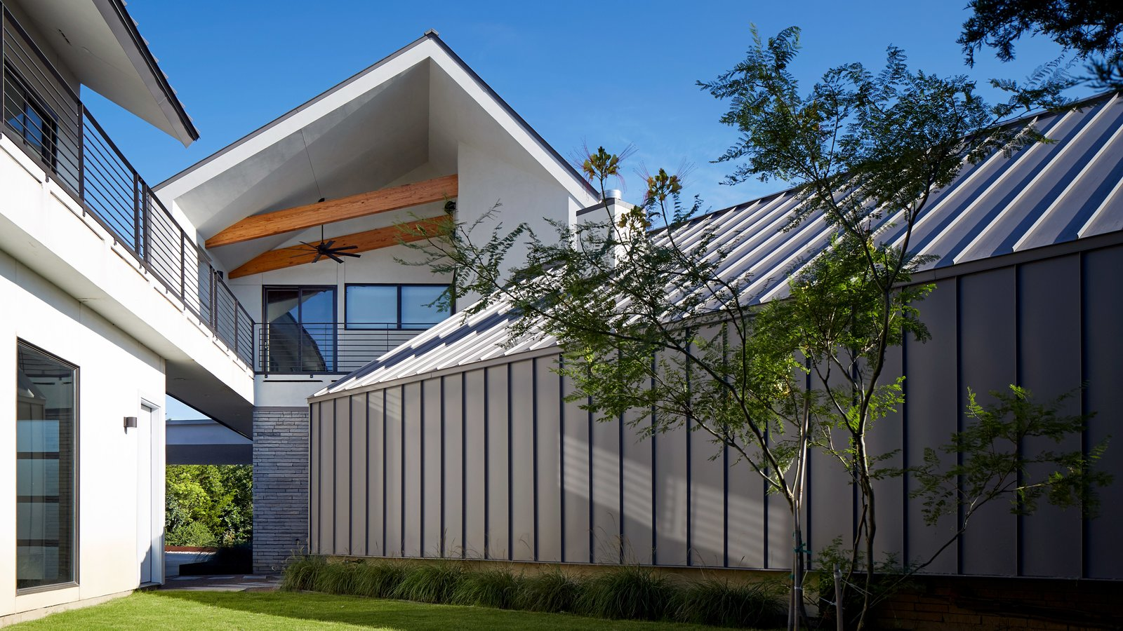Exterior, House Building Type, and Metal Roof Material  Lake Waxahachie Home by Mark Odom Studio