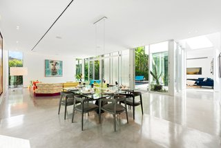 The Gallery House, A Modern Masterpiece in Coconut Grove