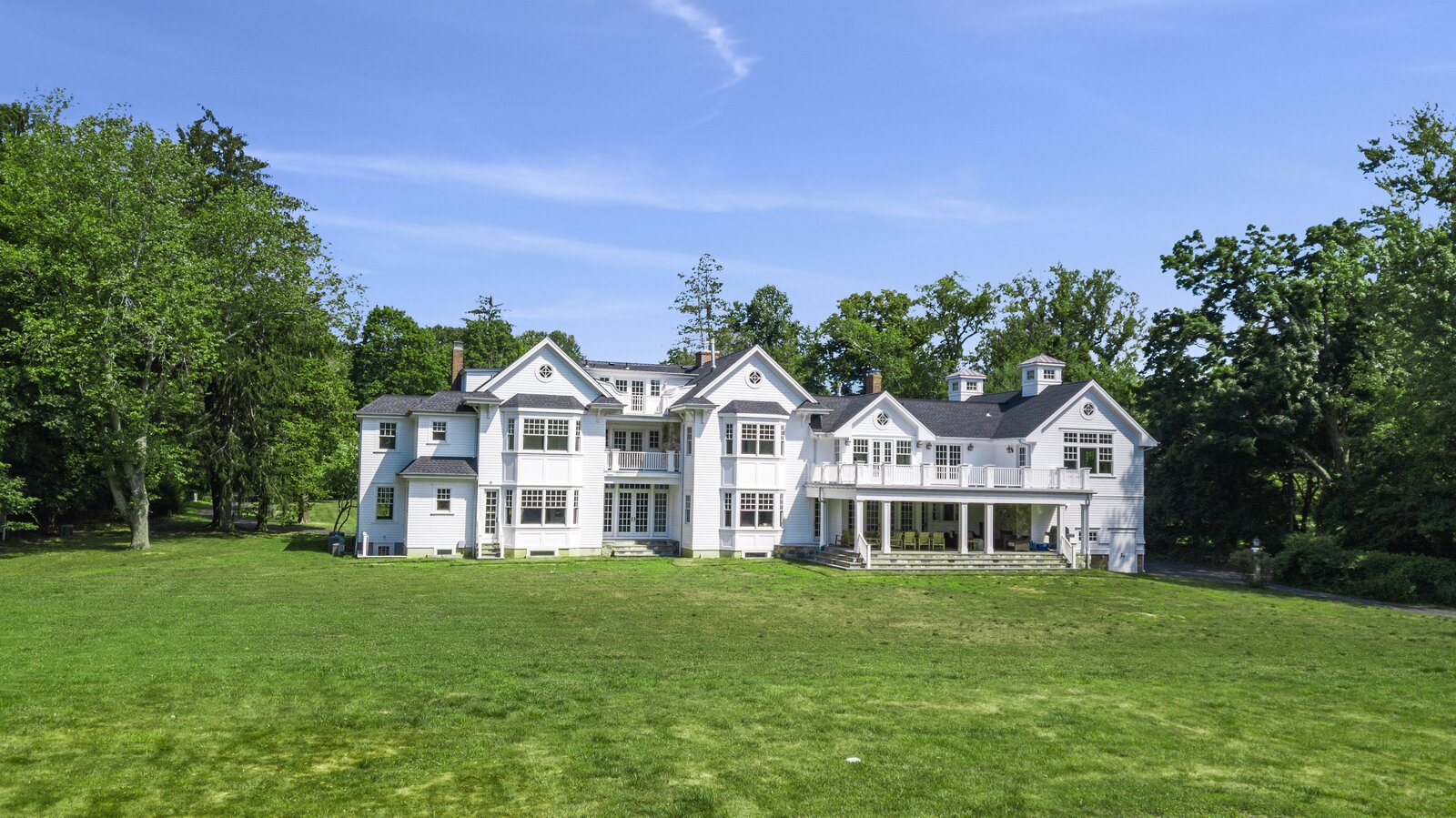 Expansive Rumson Estate Hits the Market for $6.5M