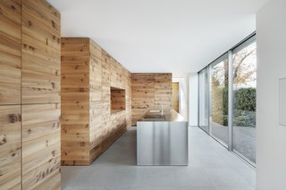 Top 5 Homes of the Week That Take Minimalism to the Max - Photo 2 of 5 -