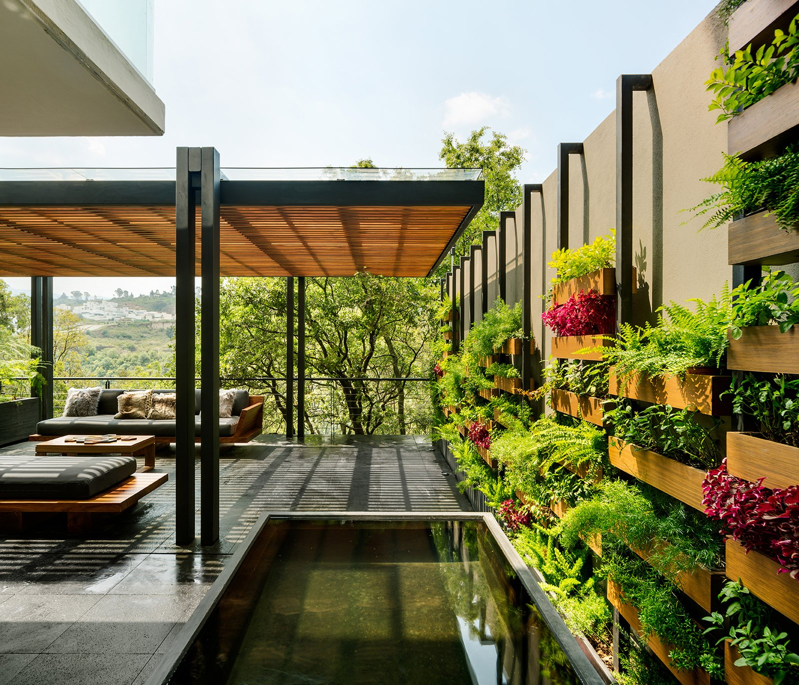 Outdoor, Rooftop, Trees, Shrubs, Large Pools, Tubs, Shower, and Flowers  Villa Jardín by ASP Arquitectura Sergio Portillo