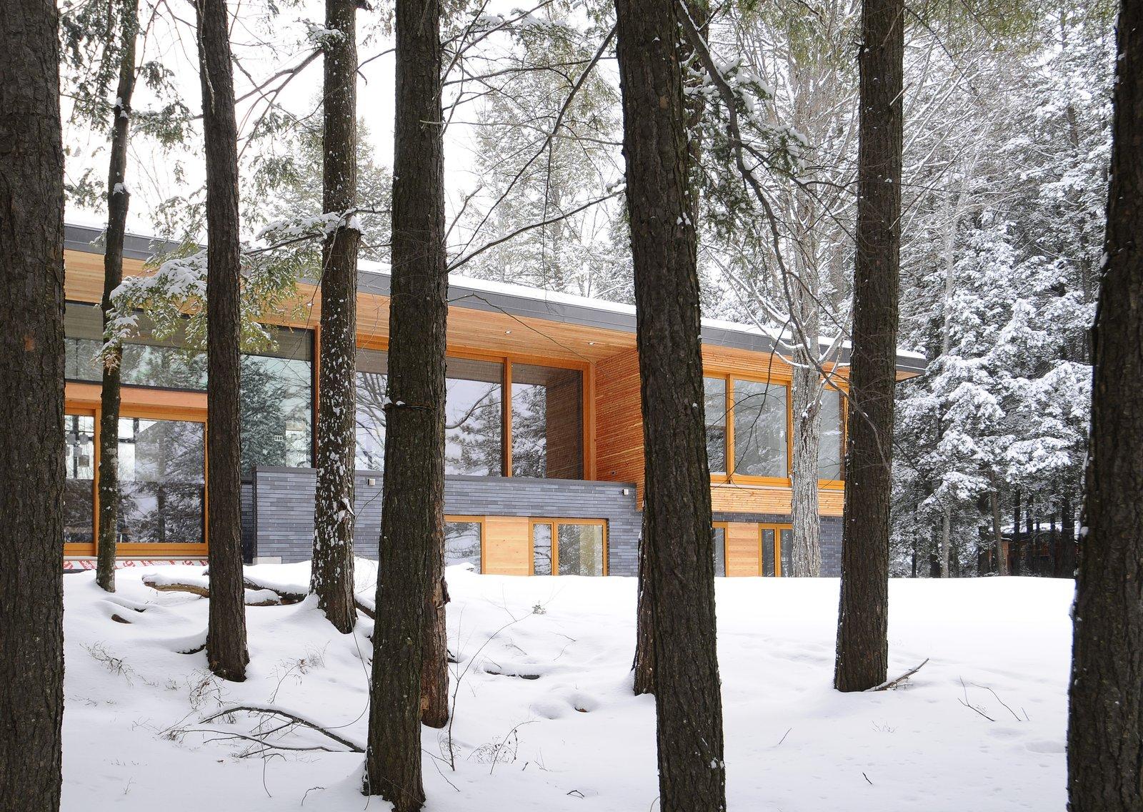 Eels Lake Cottage By Trevor Mcivor Architect Dwell