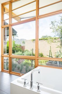 40 Modern Bathtubs That Soak In The View Dwell