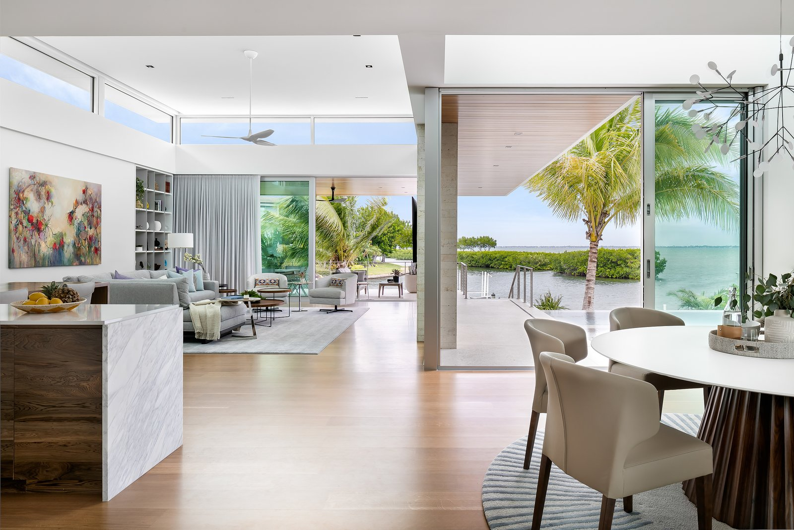 Bayview House by Leader Design Studio