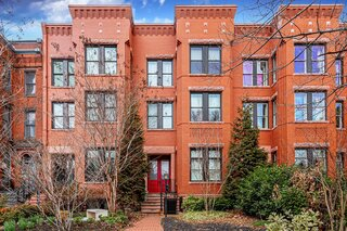 A Traditional Capitol Hill Rowhouse Up For Auction