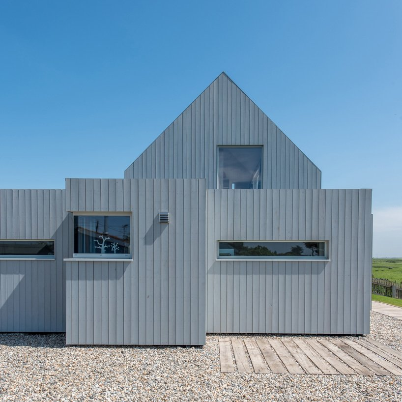 Exterior and Beach House Building Type  Chalfont Beach by RX Architects