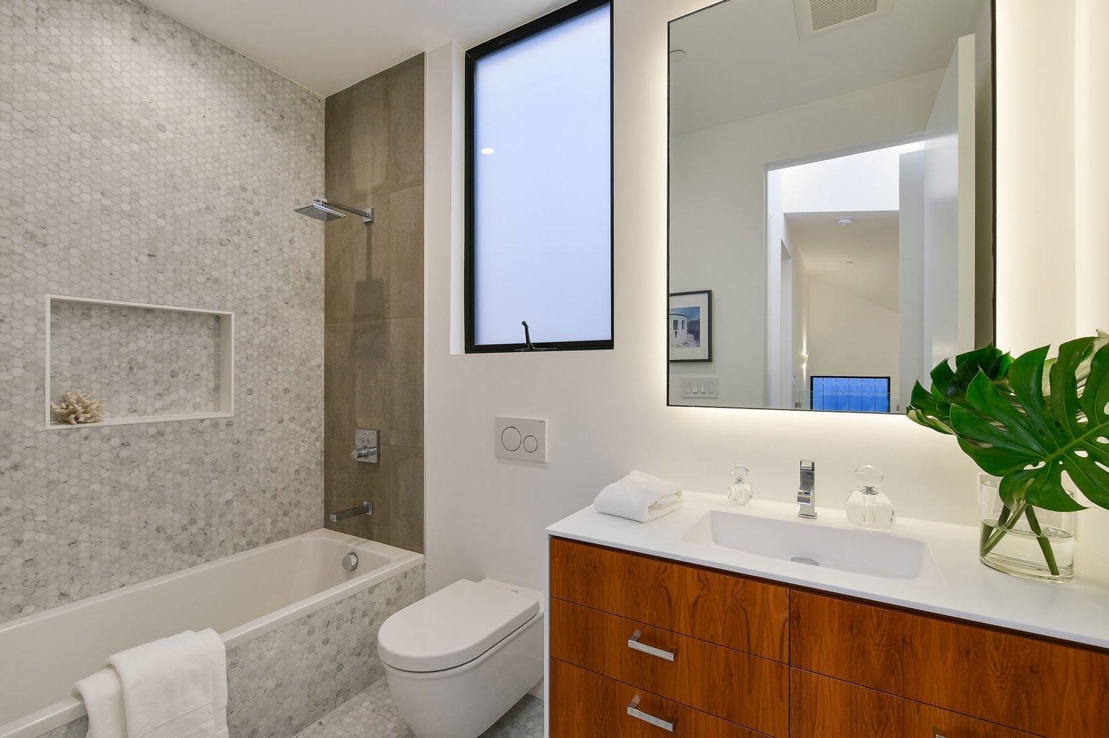 Bath Room  For Sale: 188 Quane Street